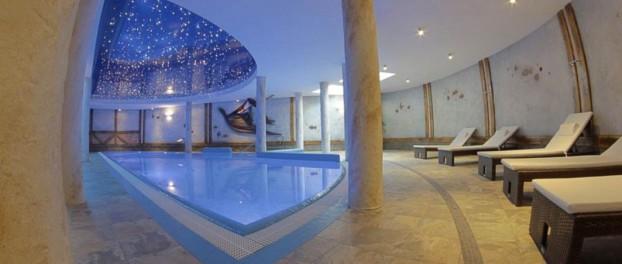Hotel Krysztal pool og wellness